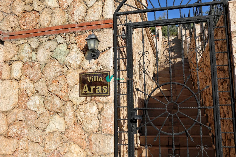 Villa Aras