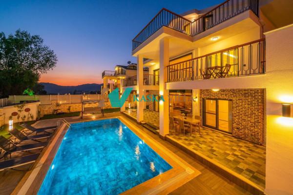 Villa Azmira