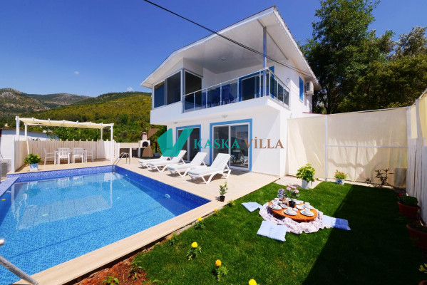 Villa Alaca 2