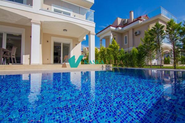 Villa Almira 2
