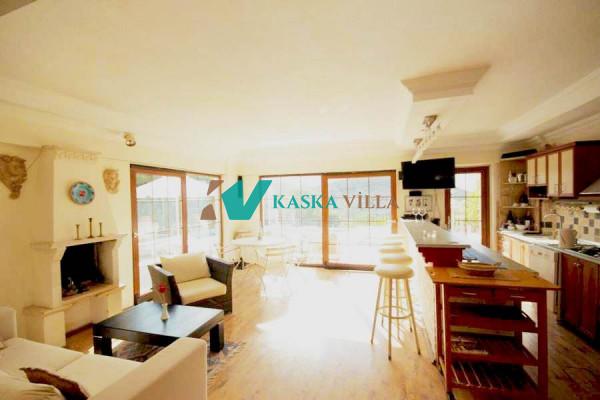 Villa Lasera