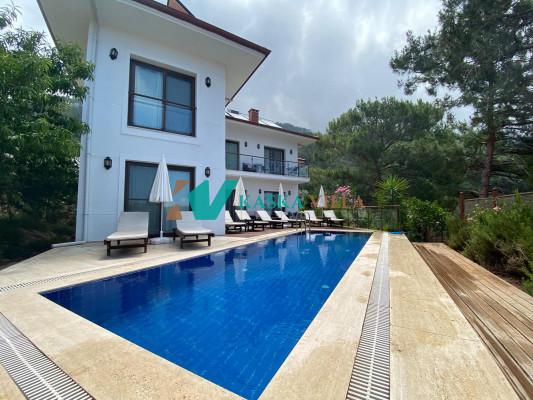 Villa LotusHouse
