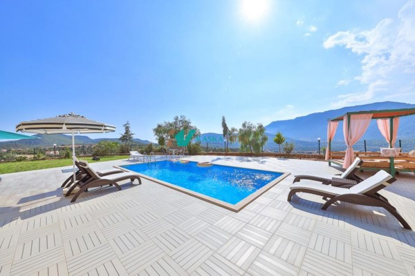 Villa Phellus