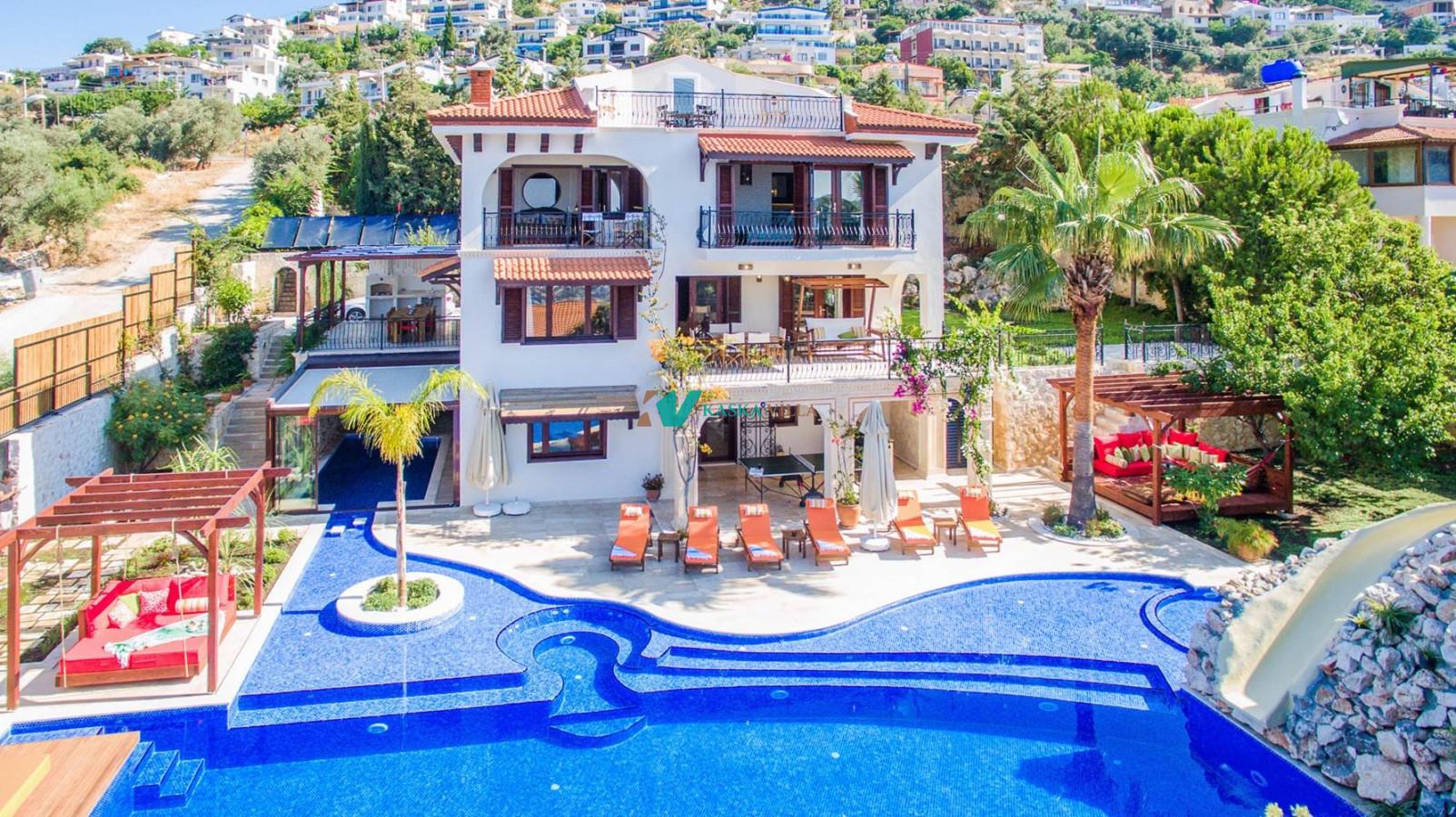 Villa Cactus House