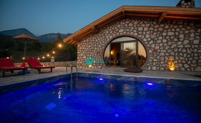Villa Tlos Stone
