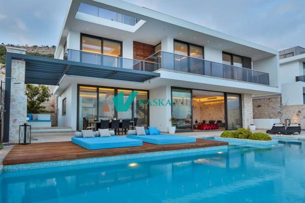 Villa Bluewings