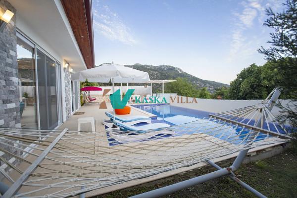 Villa Valentine