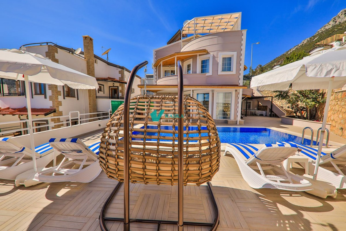 Villa Eşya