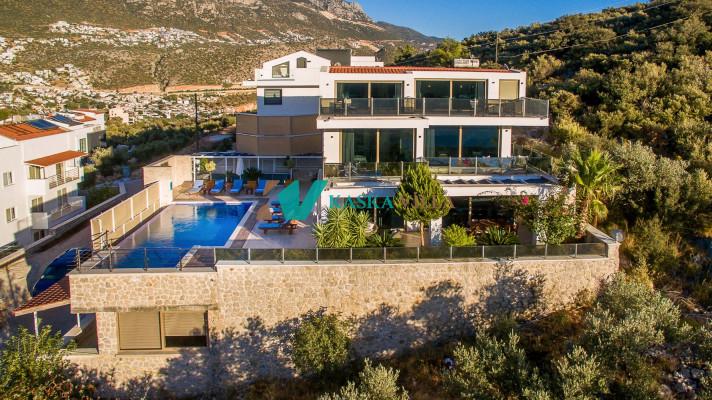 Villa Moondschine