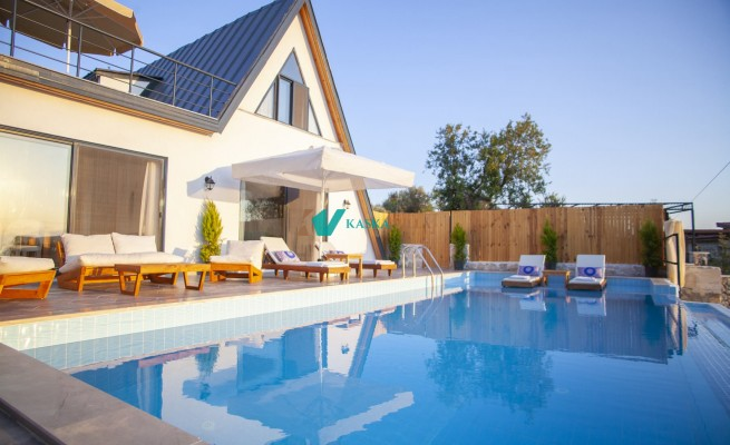 Villa İlk Yaz