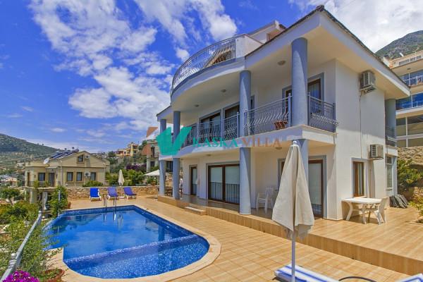 Villa Bisedef