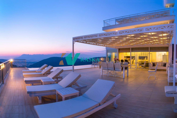 Villa İnfinity
