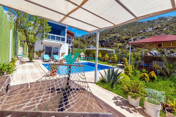 Villa Dere