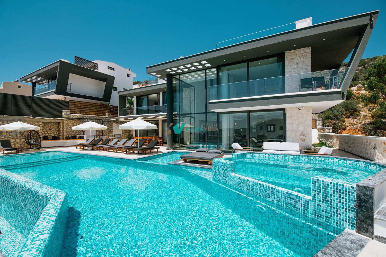 Villa Unlimited 2