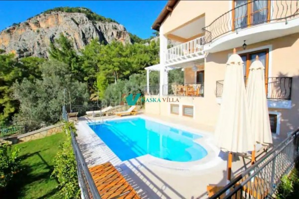 Villa Daidala Home