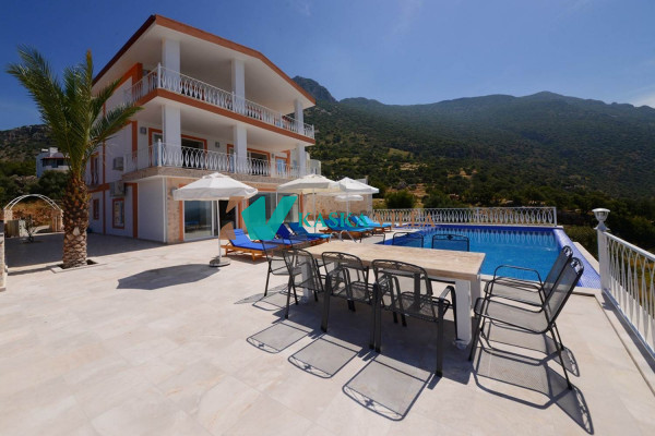 Villa Acar