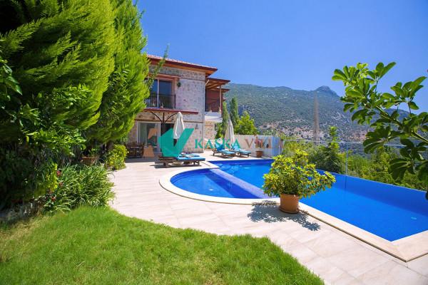 Villa Niraya