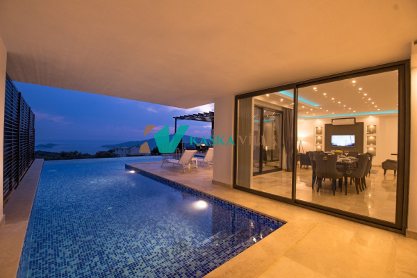 Villa Rain